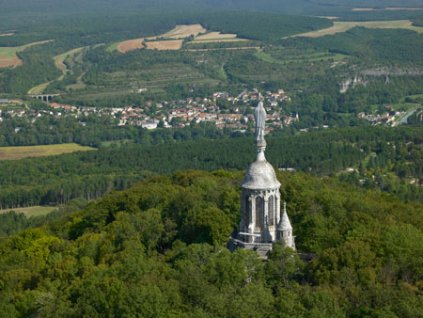 http://www.notre-dame-detang.fr/images/phocagallery/aeriennes/thumbs/phoca_thumb_l_nde_aerienne_01.jpg